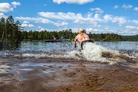 Lag 6 Blåbären skickar ut sin deltagare mot flotten i Rämma